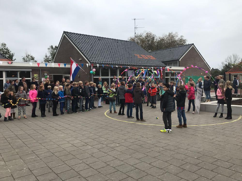 Opening schoolplein De Gielgourde Stedon